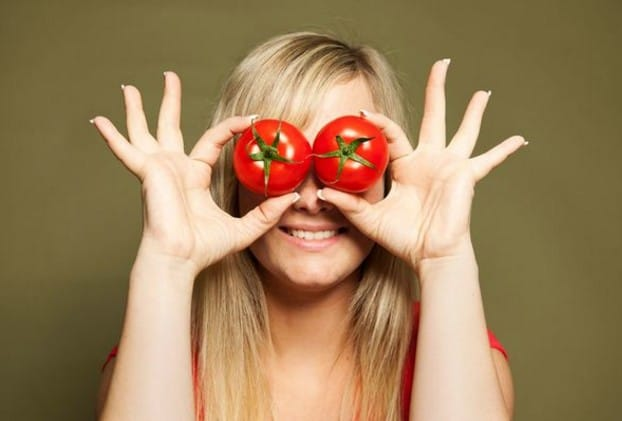 how to stay young with tomatoes