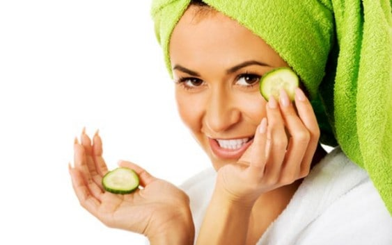 why cucumber is good for eyes