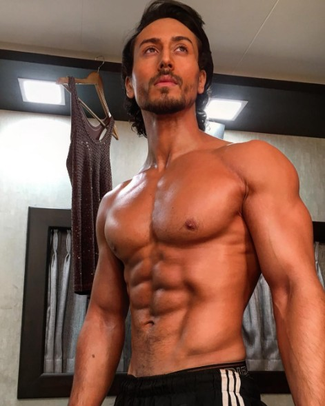 Tiger Shroff six pack abs
