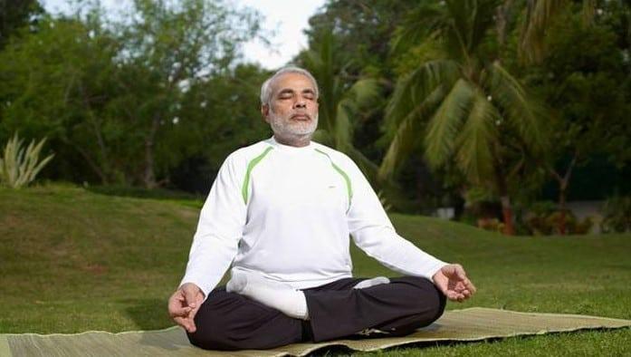 narendra modi fitness mantra, practising yoga