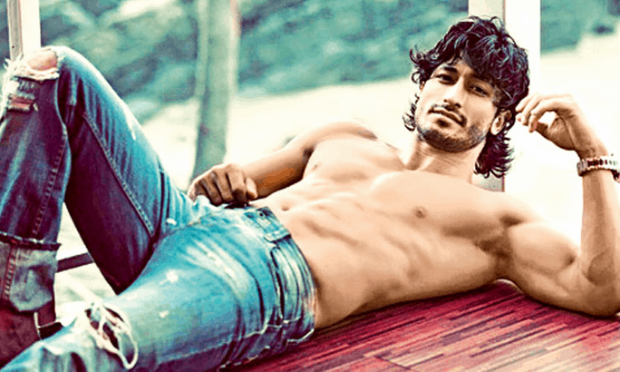 commando vidyut jamwal workout routine and sexy body