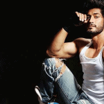 Vidyut Jamwal Body, Workout Routine and Diet Plan