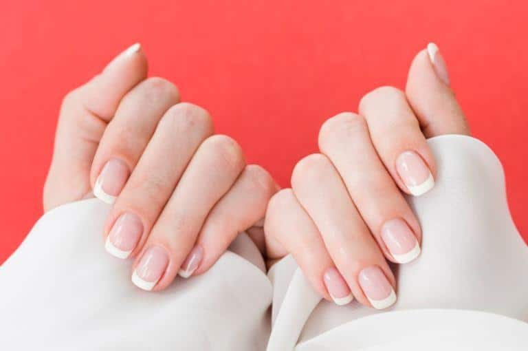 clean nails and fingers, natural manicure at home