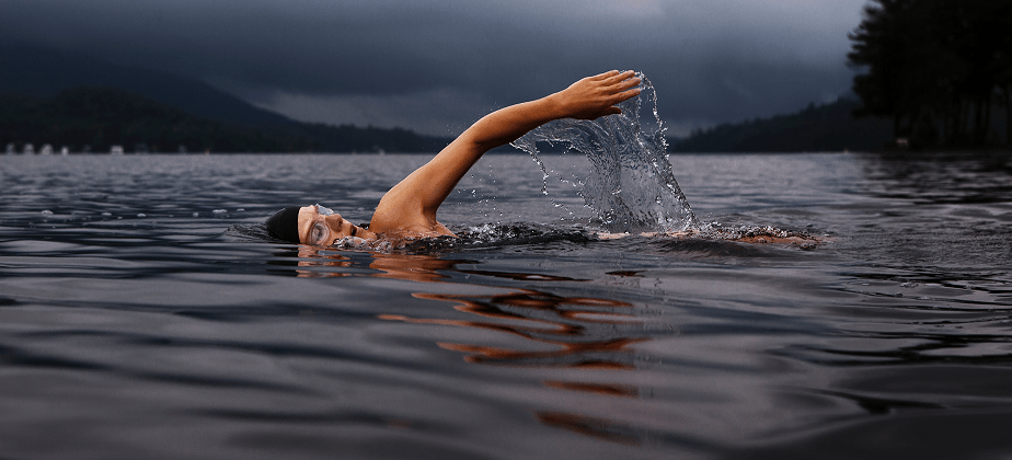 swimming keeps yoy healthy and fit ; medictips