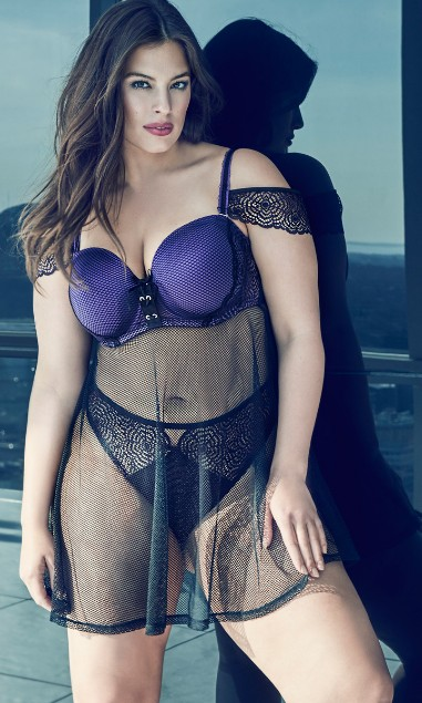 Beautiful Ashley Graham Photoshoot