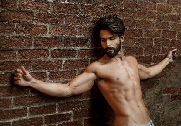 Muscular Shahid Kapoor