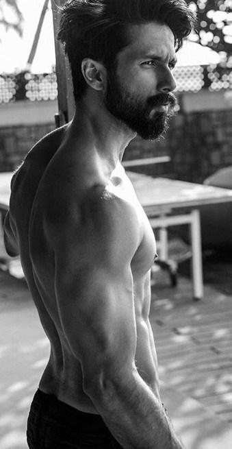 Shahid Kapoor Body Stats