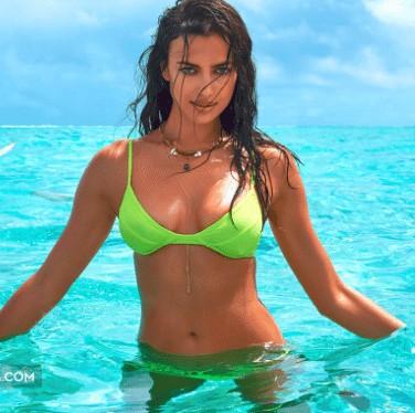 irina shayk bikini pic