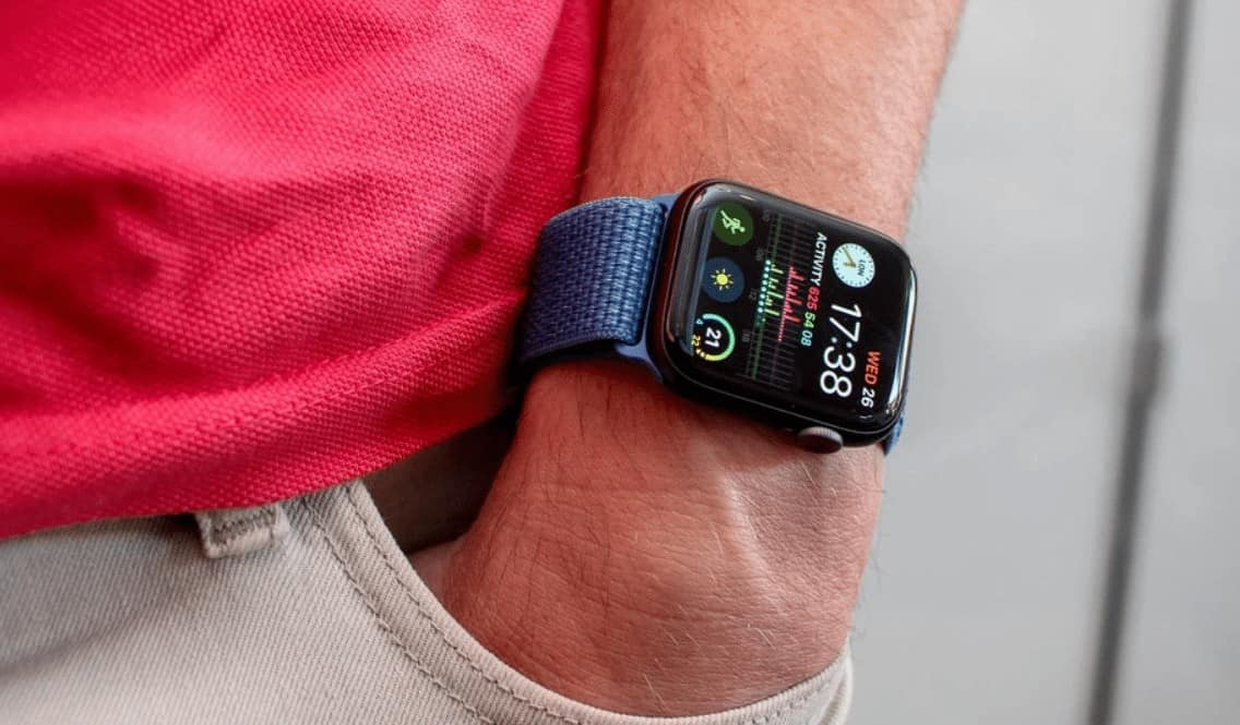 apple smart watch series 4 and 3