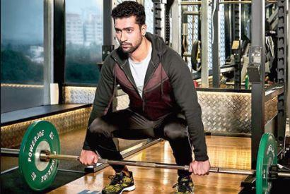 vicky kaushal workout weights