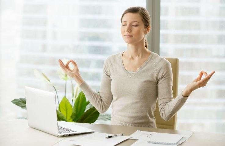 desk workout exercises to do