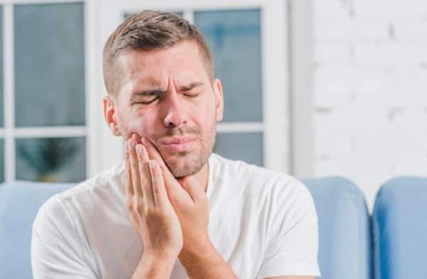 saltwater rinses for tooth pain